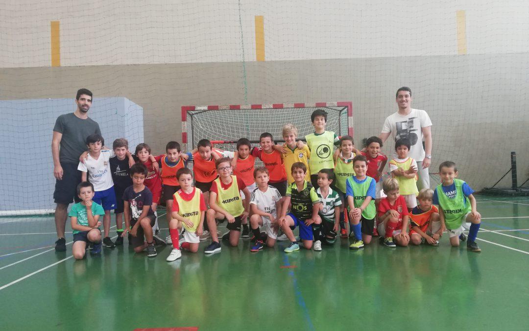 Clínica de Futebol: craques da bola na Academia Estrela