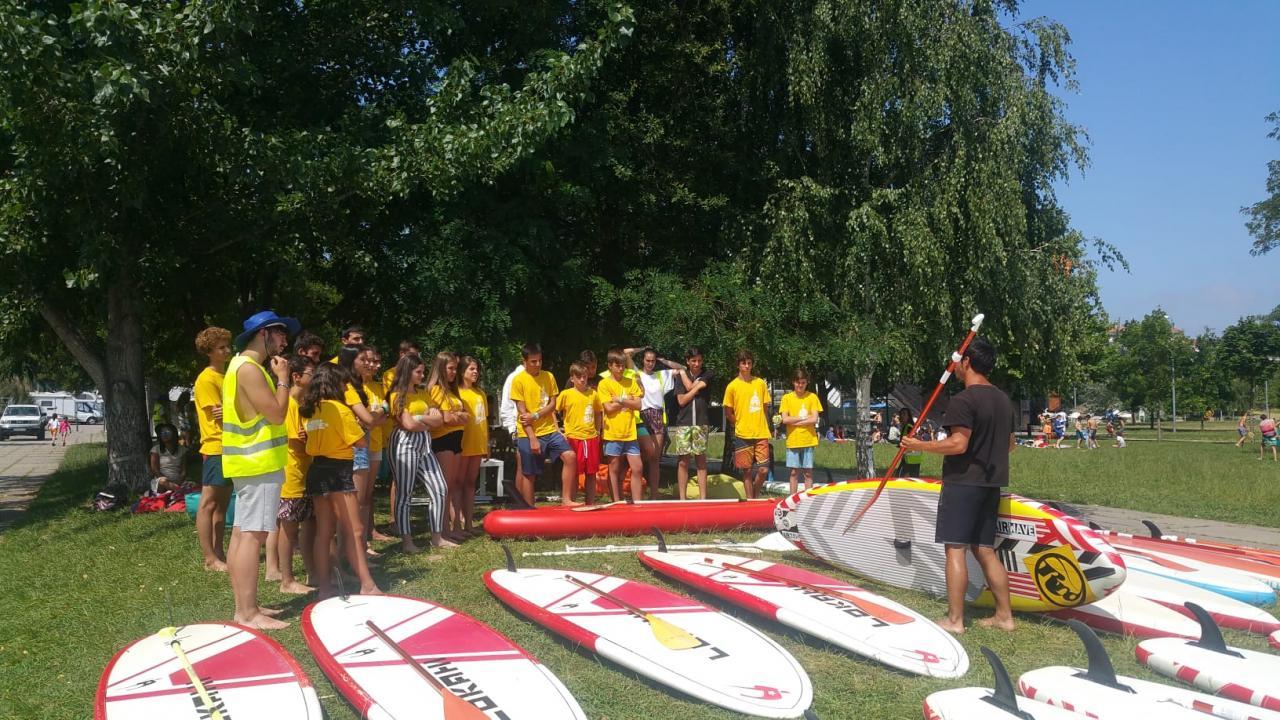 Jovens da Estrela integram ação de voluntariado